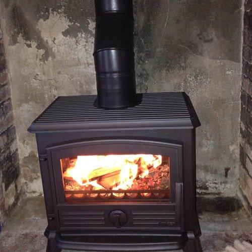 Gilles doraphe plombier chauffagiste lectricien for Pose insert cheminee normes